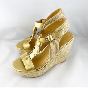 • Nine West Gold Leather Nwkeenster Wedge Shoes •